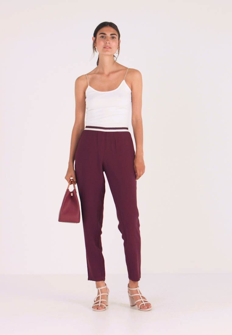 Betty & Co - LANG - Trousers - purple red - 1
