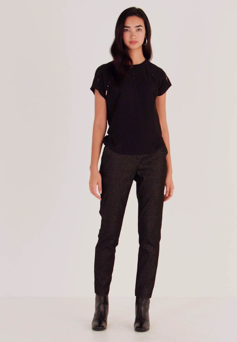 b.young - BYDAVA PANTS - Trousers - black combi - 1