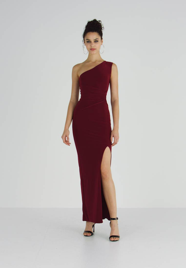 Club L London - ONE SHOULDER RUCHED WAIST MAXI DRESS WITH THIGH SPLIT - Ballkjole - wine - 1