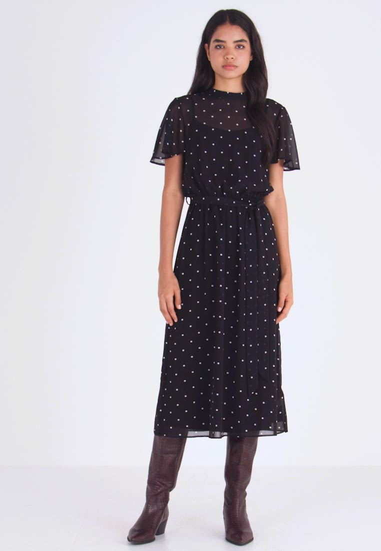Dorothy Perkins Tall - BILLIE BLOSSOM SPOT BELTED FIT & FLARE - Day dress - black - 1