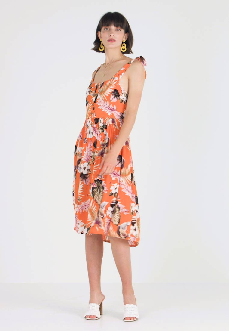 Dorothy Perkins - CRINKLE DRESS - Vapaa-ajan mekko - orange - 1