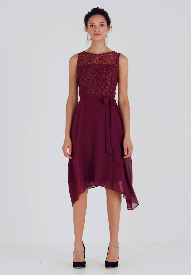 Dorothy Perkins - HANKY MIDI DRESS - Cocktail dress / Party dress - berry - 1