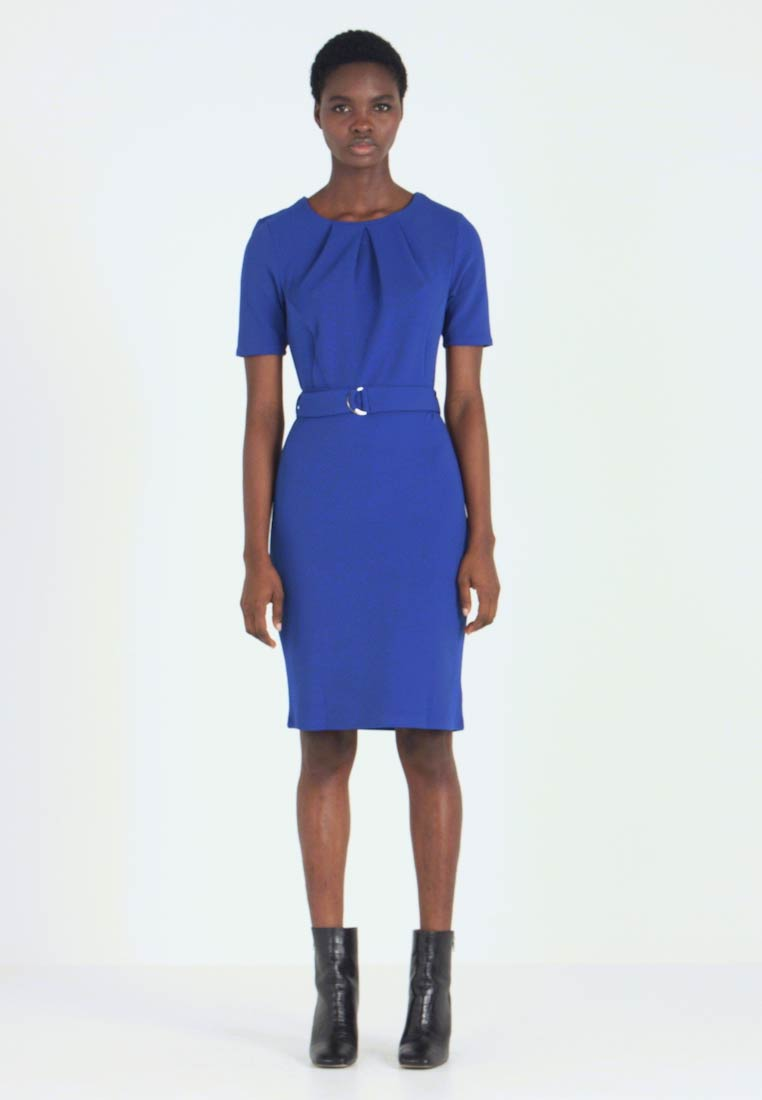 Dorothy Perkins - PLEAT NECK BELTED PENCIL - Robe fourreau - cobalt - 1