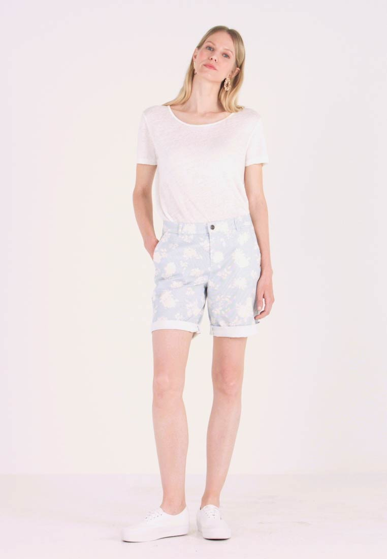 edc by Esprit - BERMUDA - Shorts - off white - 1