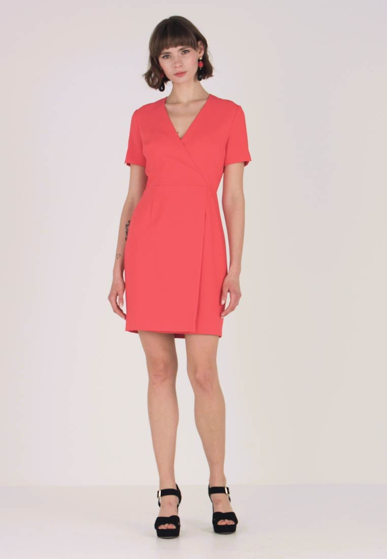 French Connection - WHISPER RUTH WRAP DRESS - Shift dress - fire coral - 1