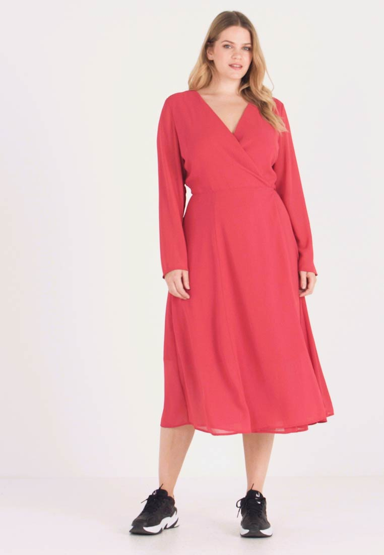 Glamorous Curve - Day dress - fitted waist - 1