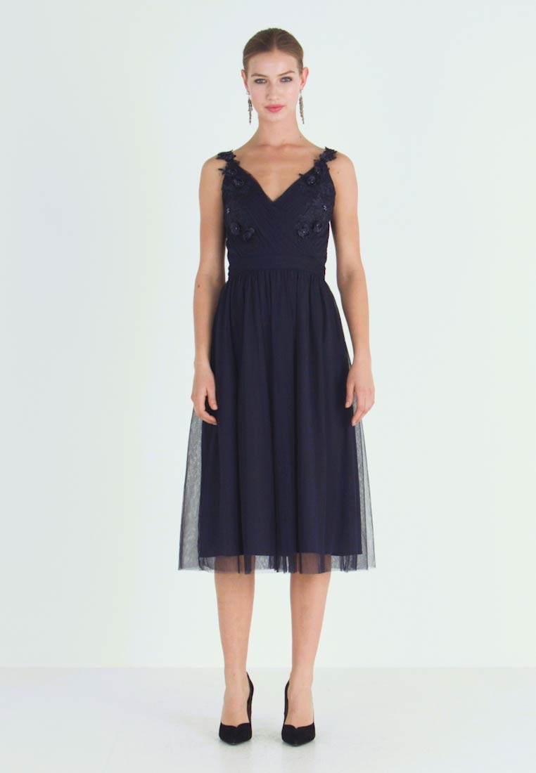 Little Mistress - A ROSETTE MIDI PROM DRESS WITH FLORAL AND FAU - Cocktailkjole - navy - 1