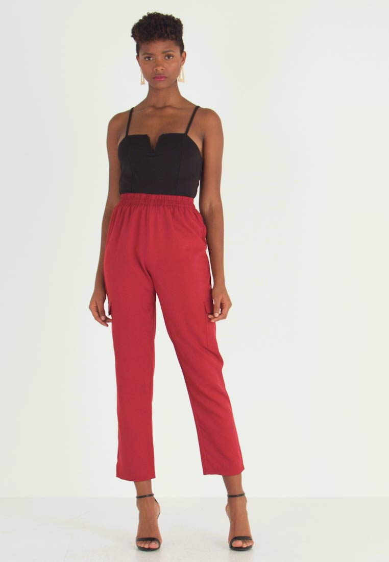 Missguided - POCKET UTILITY TROUSERS - Pantalon classique - red - 1