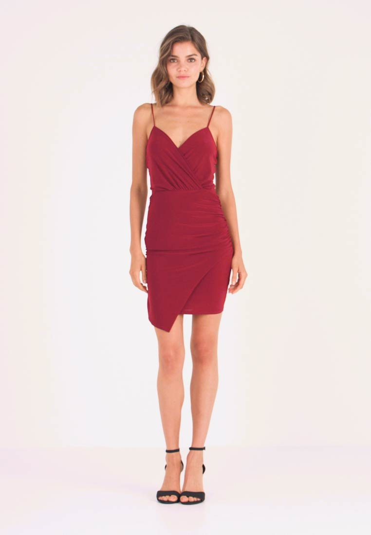 Missguided - SLINKY WRAP OVER MINI DRESS - Shift dress - burgundy - 1