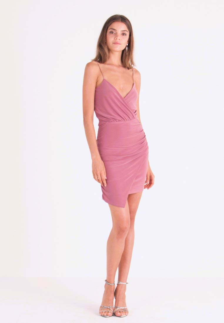 Missguided - SLINKY WRAP OVER MINI DRESS - Pouzdrové šaty - rose - 1