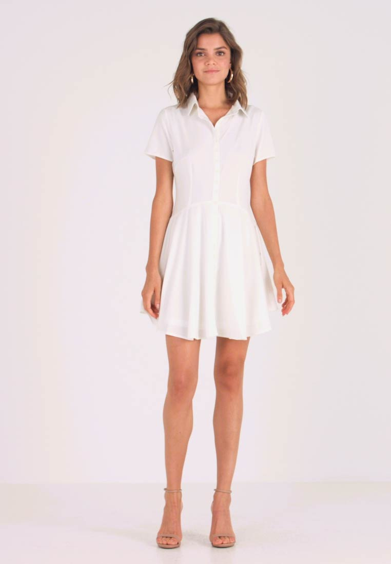 Missguided - BUTTON DOWN SKATER DRESS - Vestido camisero - white - 1