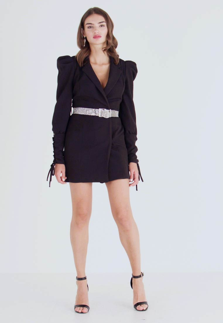 Missguided - CUFF EMBELLISHED BUCKLE BELT BLAZER DRESS - Kjole - black - 1