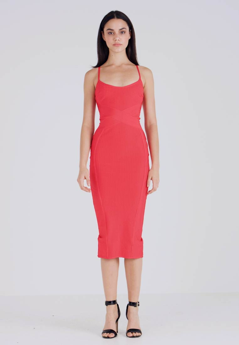 Missguided - CROSS FRONT BANDAGE CAMI DRESS - Etuikjole - red - 1