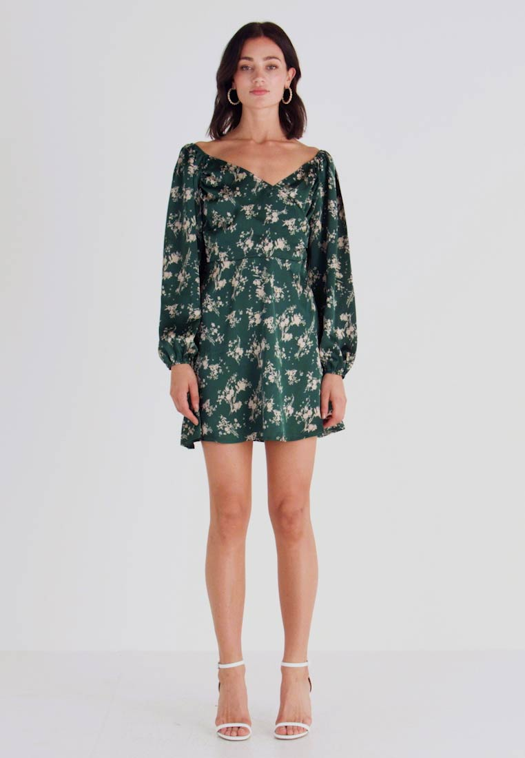 Missguided - FLORAL WRAP TOP PUFF SLEEVE MINI DRESS - Freizeitkleid - green - 1