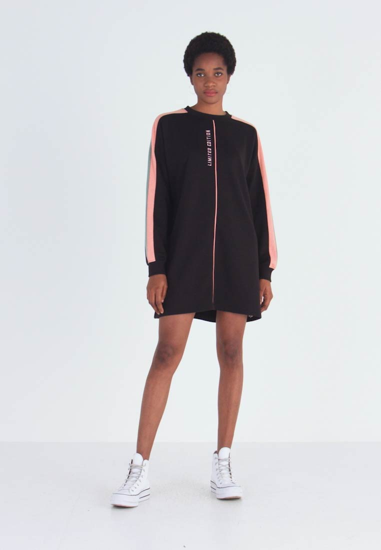 Missguided - OVERSIZED SWEATER DRESS BLOCK - Day dress - black - 1