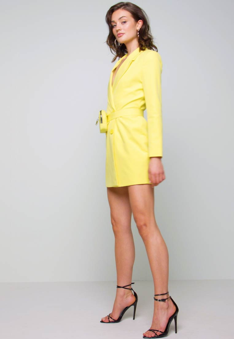 Missguided - CODE CREATE BLAZER DRESS AND BUMBAG - Denní šaty - yellow - 1