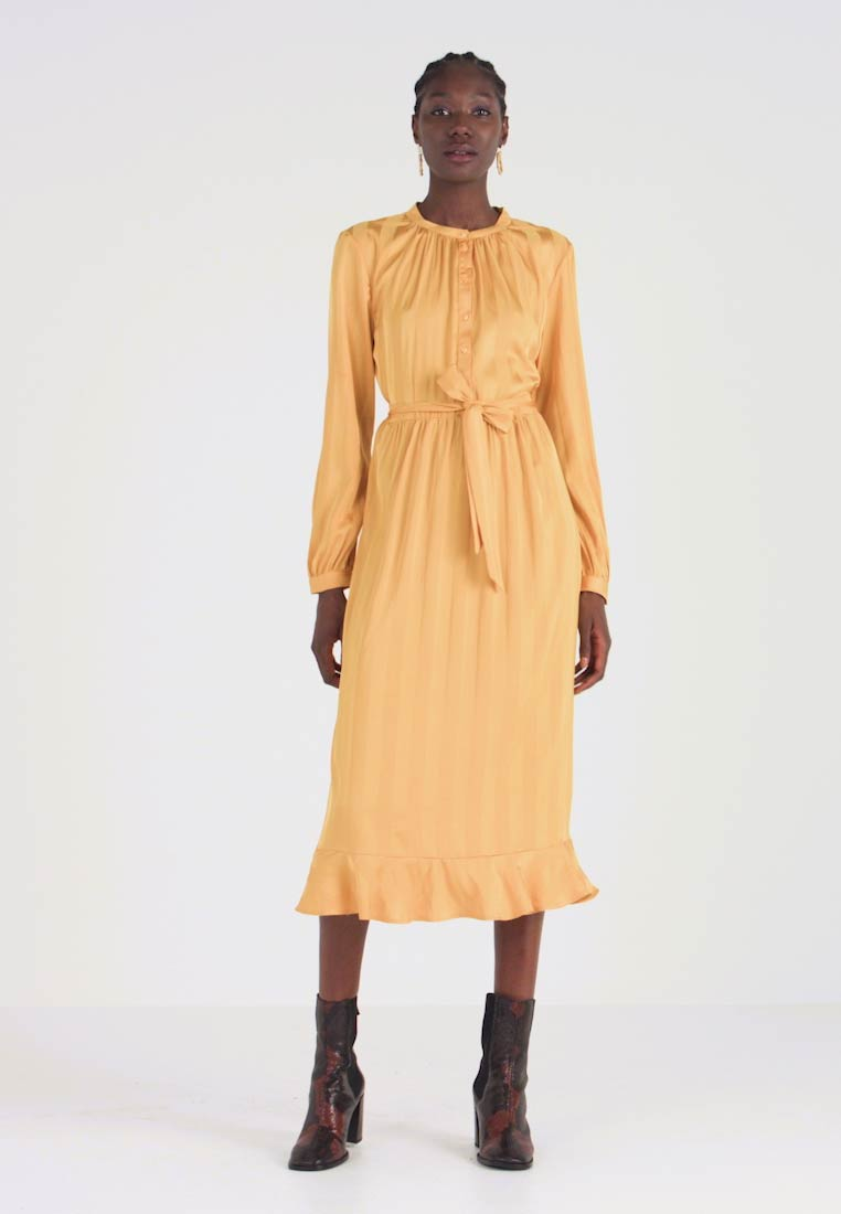 Moss Copenhagen - NENNA DRESS - Skjortekjole - yellow - 1