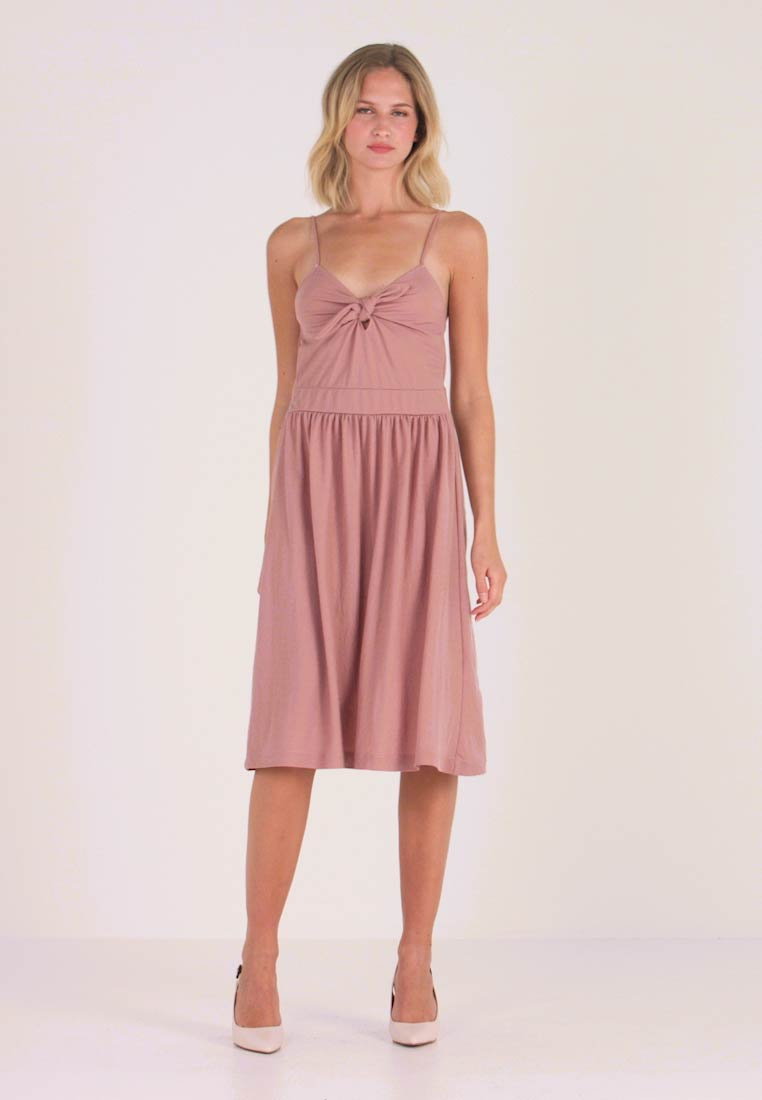 mint&berry - Day dress - rose - 1