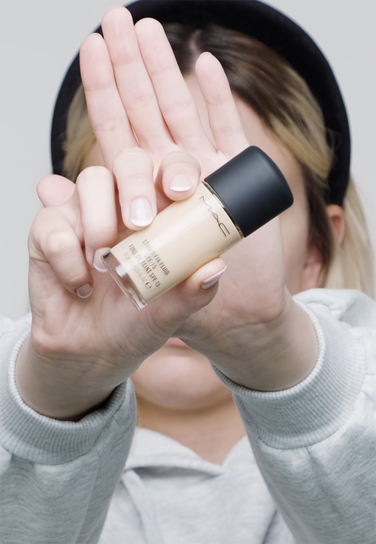 MAC - STUDIO FIX FLUID SPF15 FOUNDATION - Foundation - nc 15 - 1