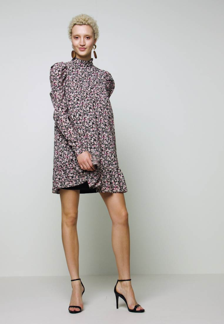 Missguided Tall - TIERED PUFF SLEEVE DRESS DITSY FLORAL - Robe d'été - multi-coloured - 1