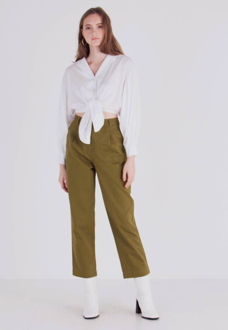 Monki - JAINEY TROUSERS - Bukse - green - 1