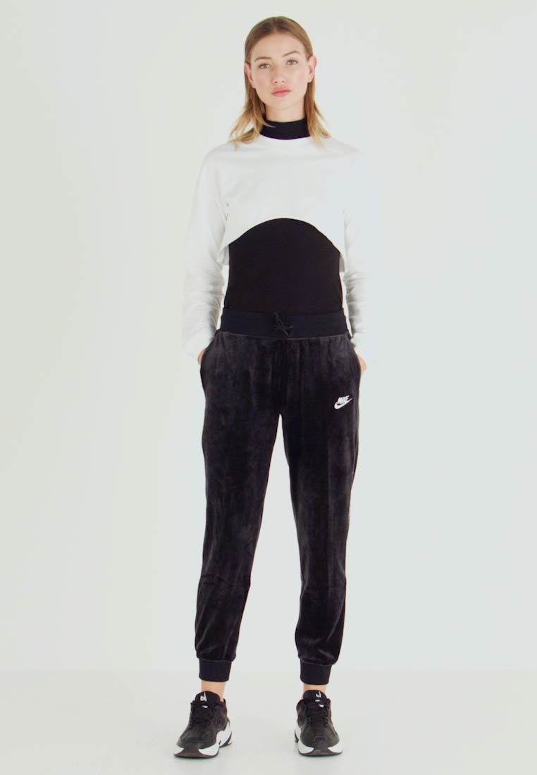 Nike Sportswear - PANT PLUSH - Tracksuit bottoms - black/white - 1