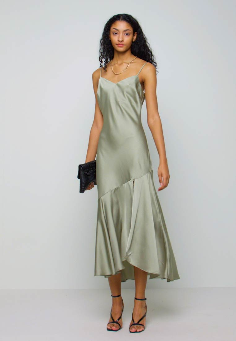 New Look - TRUMPET MIDI DRESS - Koktejlové šaty / šaty na párty - light green - 1