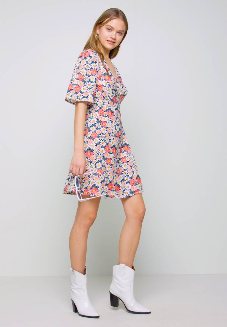 ONLY - ONLHEYDAISY WRAP DRESS - Kjole - night sky - 1