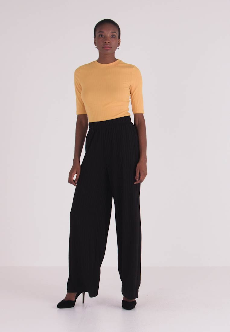 ONLY Tall - ONLGINA PANT - Trousers - black - 1