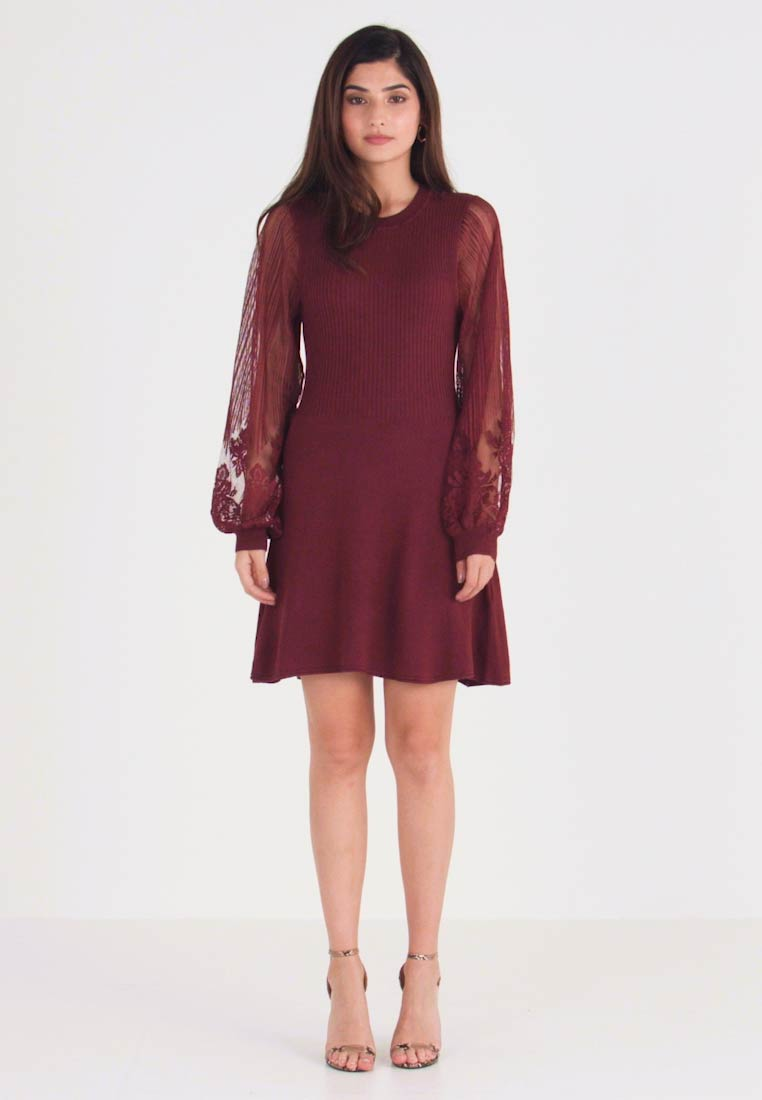 ONLY Petite - ONLLACEY DRESS - Abito in maglia - tawny port - 1