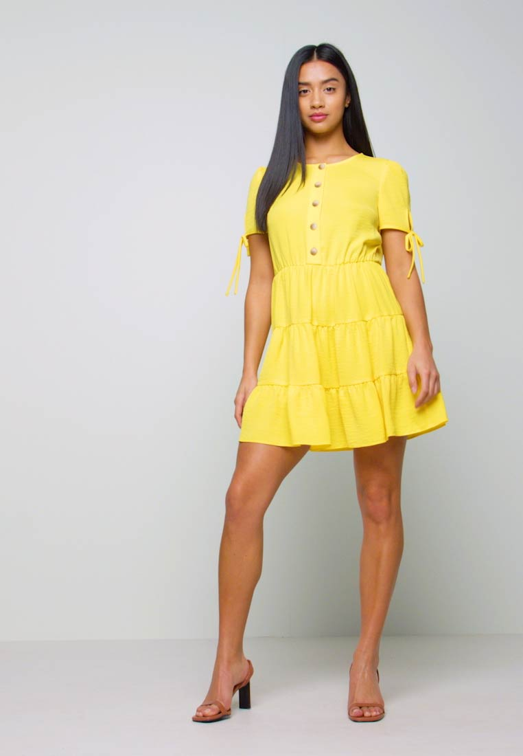 Miss Selfridge Petite - TIERRED DRESS - Shirt dress - yellow - 1
