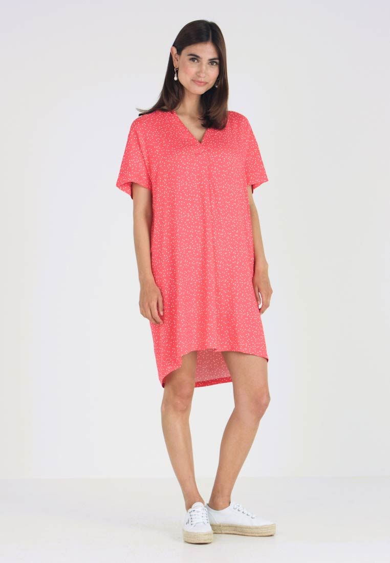 Re.draft - DRESS WITH PLEAT - Day dress - flame - 1