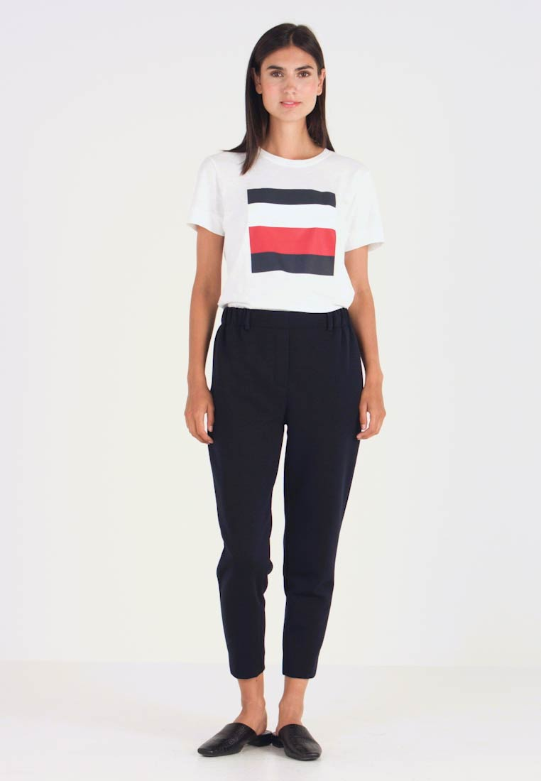 Tommy Hilfiger - ROSHA PULL ON CROPPED PANT - Tracksuit bottoms - blue - 1