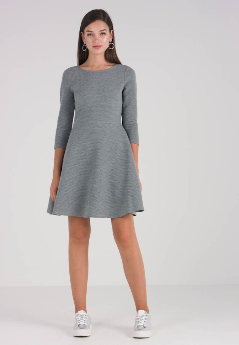 TOM TAILOR DENIM - SKATER DRESS ROUND - Sukienka z dżerseju - middle grey melange - 1