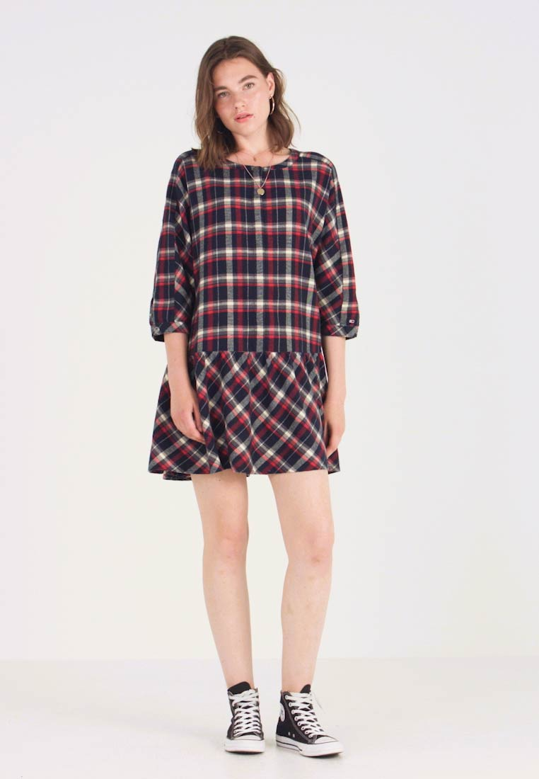 Tommy Jeans - 3/4 SLEEVE DROP WAIST DRESS - Kjole - flame scarlet / multi check - 1