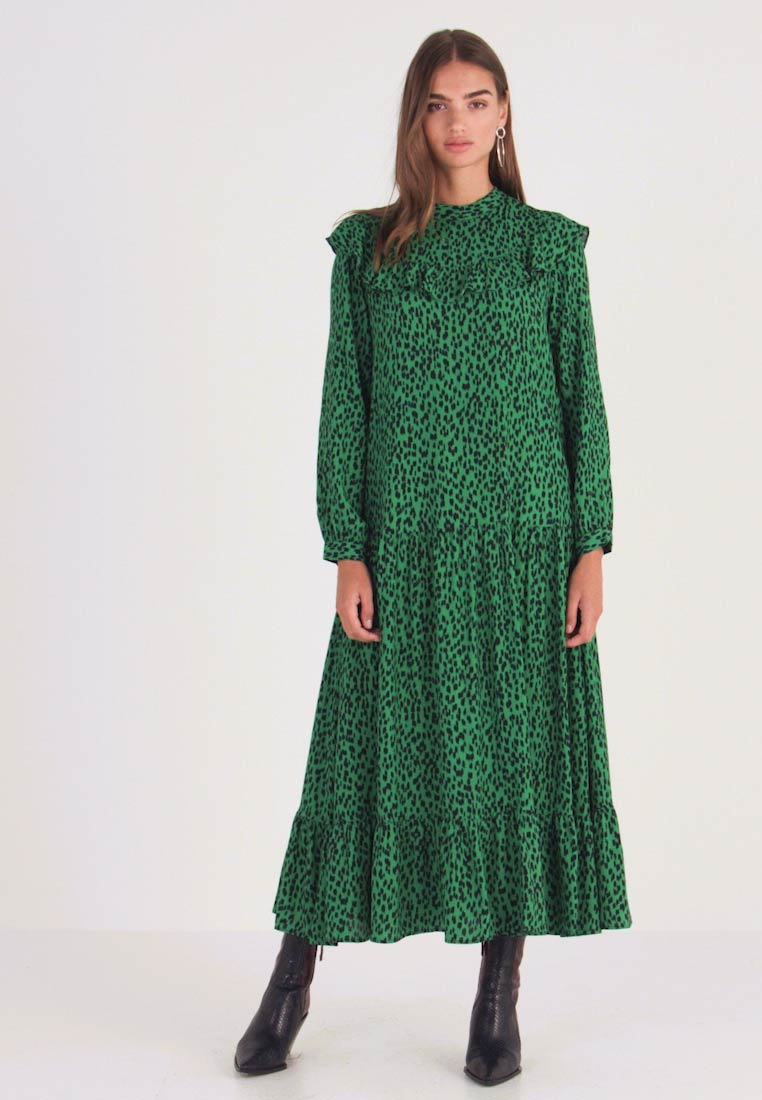 Topshop - YOKE CHUCKON MIDI   - Day dress - green - 1