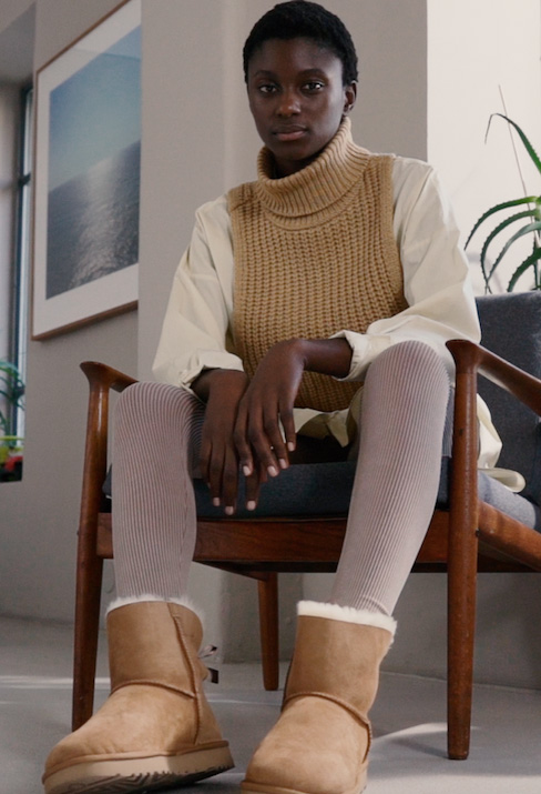 UGG - MINI BAILEY BOW - Classic ankle boots - chestnut - 1