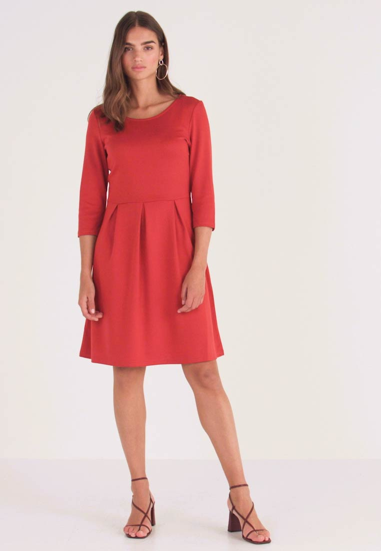 Vila - VITINNY  3/4 SLEEVE DOLL DRESS - Jersey dress - ketchup - 1