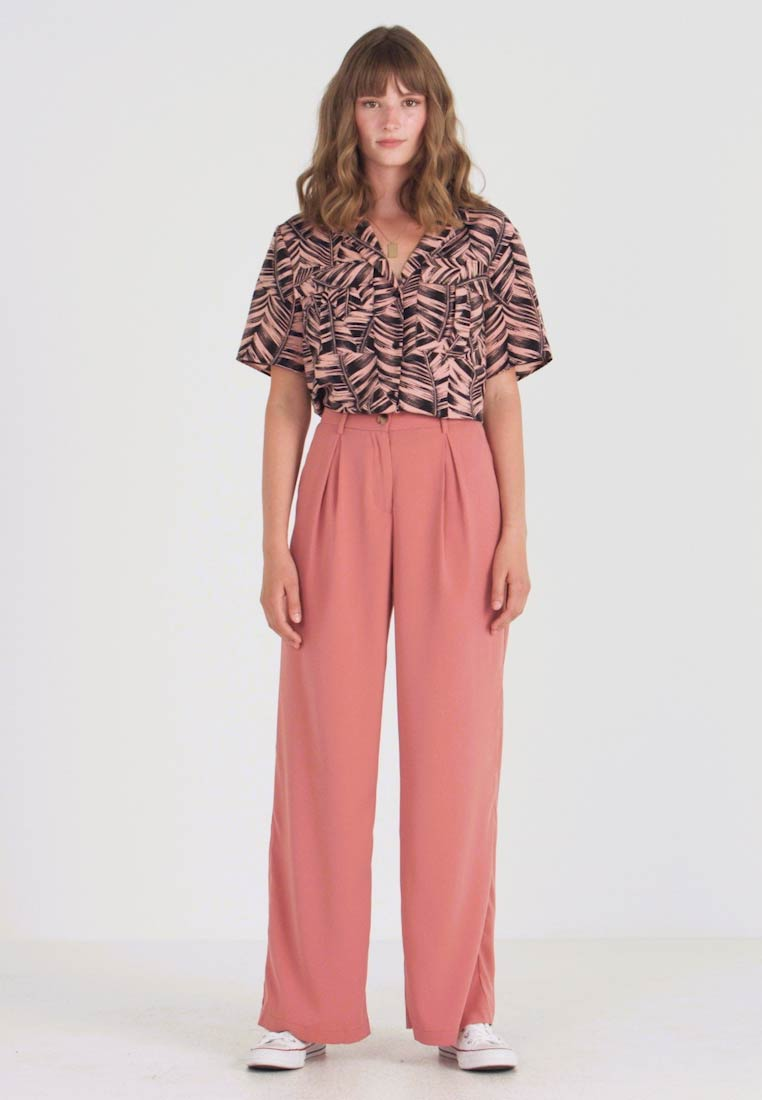 Vero Moda - VMCOCO WIDE PANT - Trousers - brick dust - 1