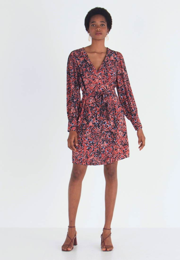 Vero Moda - VMLAIA WRAP SHORT DRESS - Day dress - marsala/laila - 1