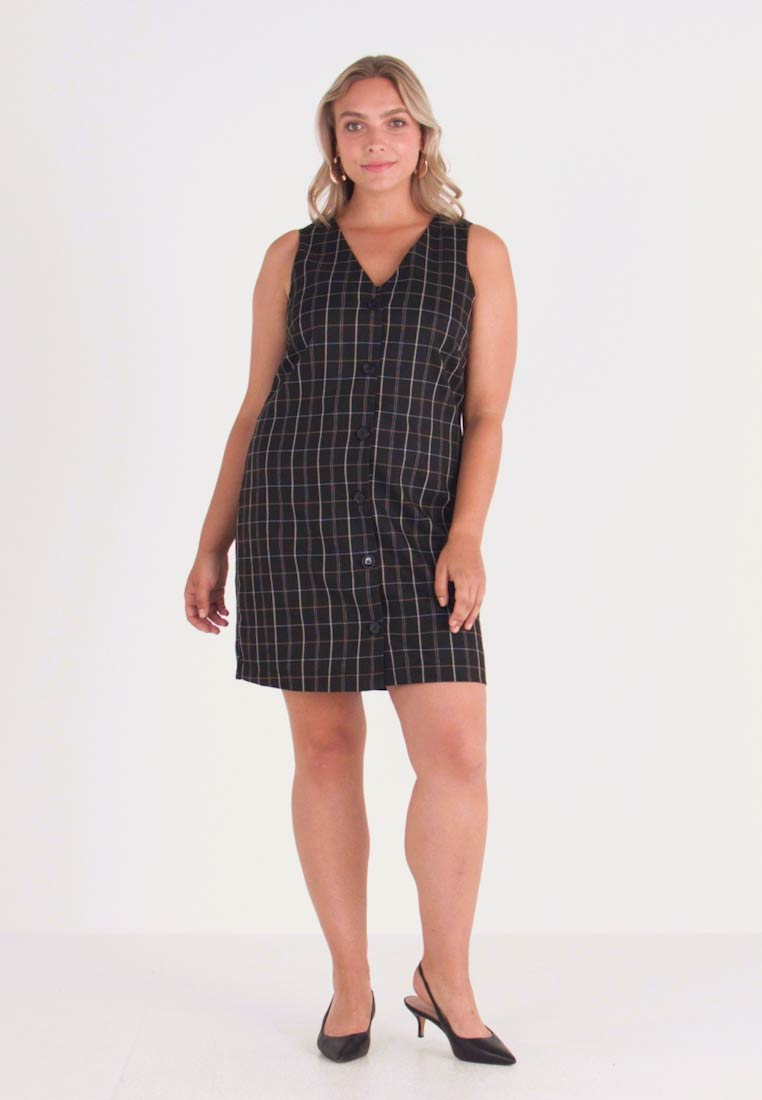 Vero Moda Curve - Day dress - black - 1
