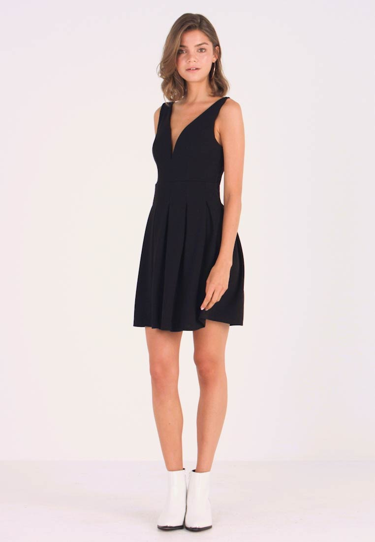 WAL G. - V NECK SKATER - Jersey dress - black - 1
