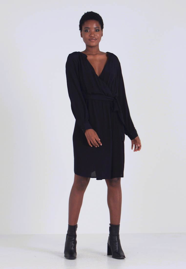 Zizzi - XWYLLIE KNEE DRESS - Kjole - black - 1
