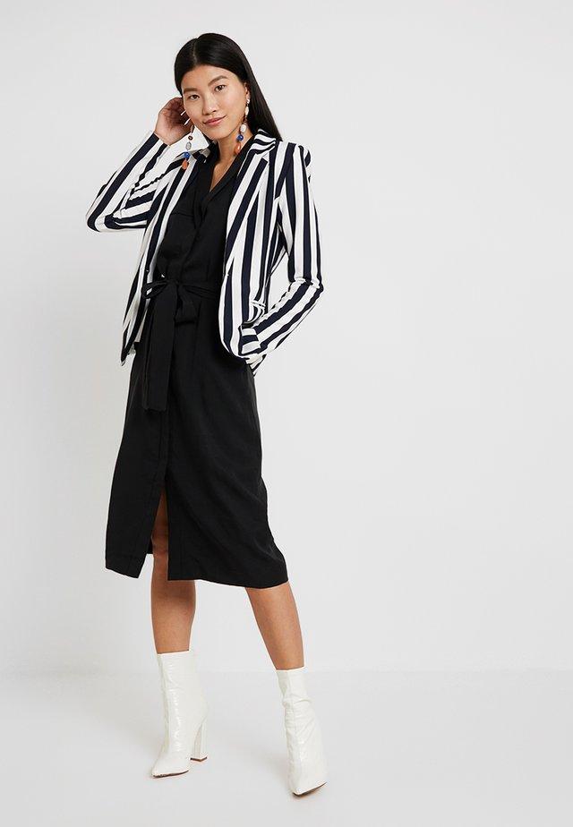 TRENCH DRESS - Vestito estivo - black