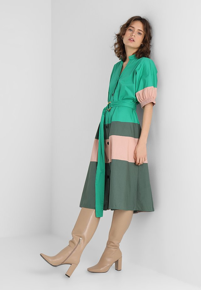 BLOCK POPLIN - Shirt dress - viridis