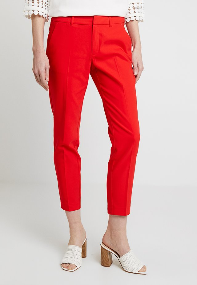 SHAPE ANKLE - Trousers - red