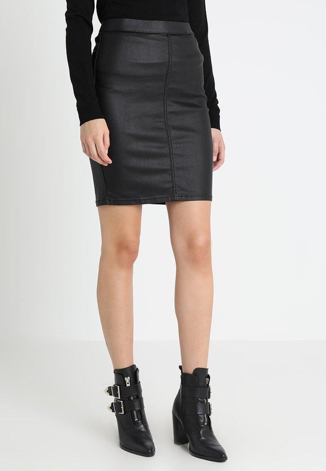 ADA COATED SKIRT - Pouzdrová sukně - black deep