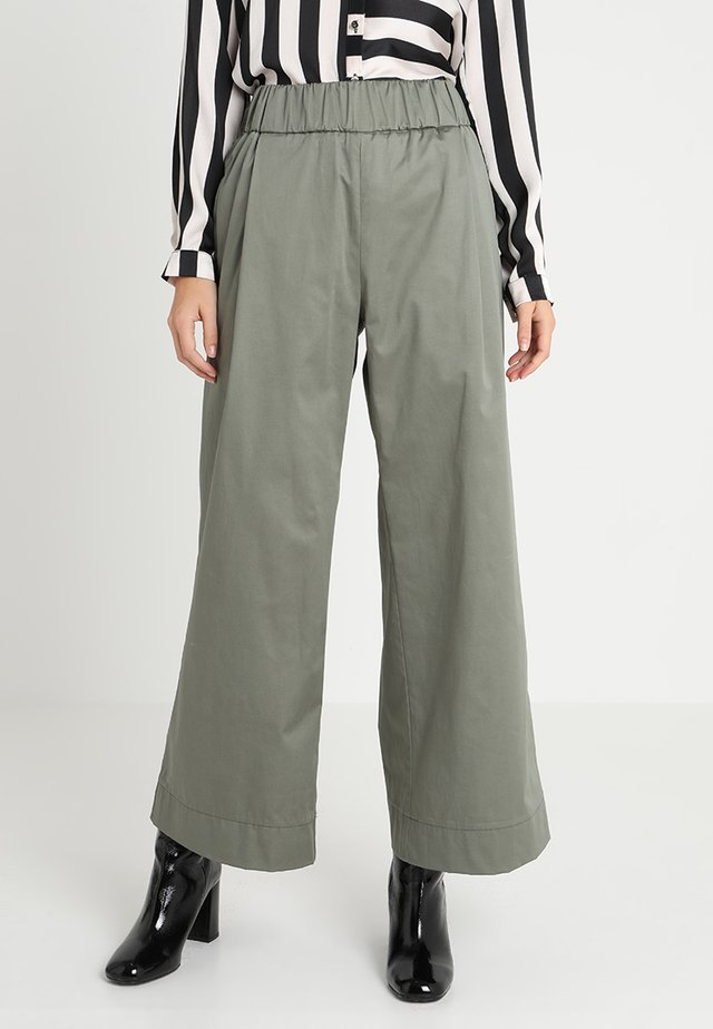 Trousers - agave green