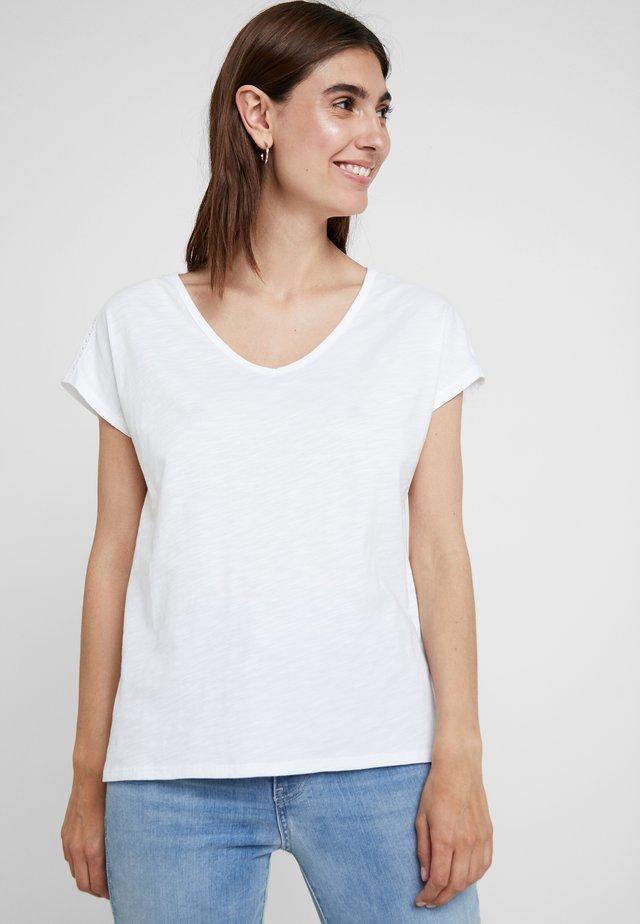 KURZARM - T-shirt basique - white