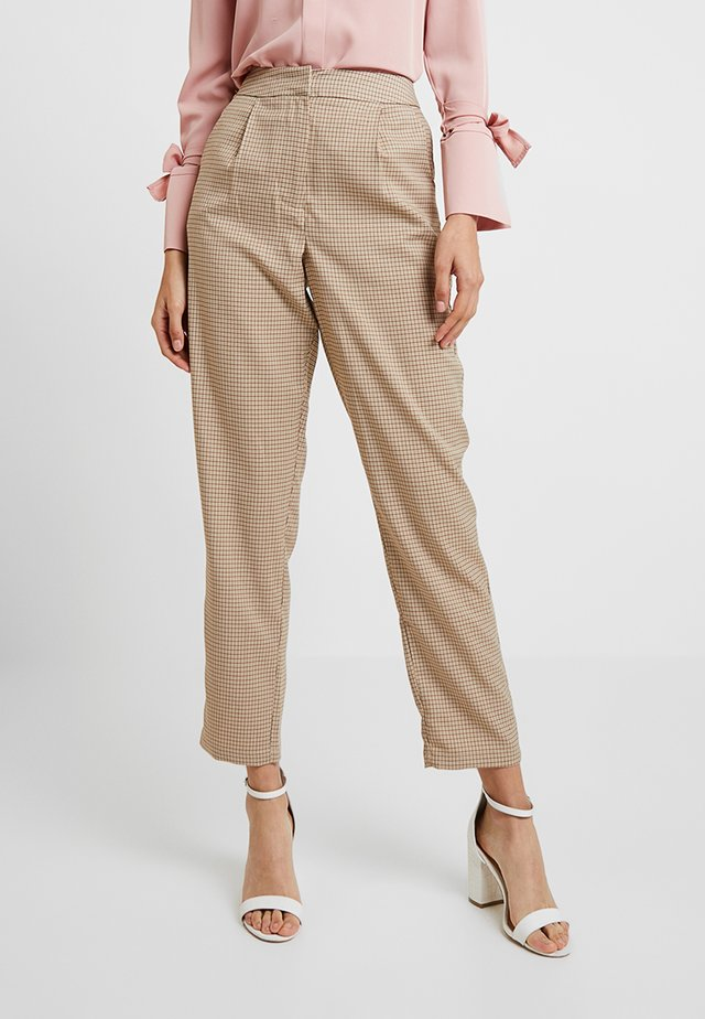 CHECK SUIT TROUSERS - Kangashousut - brown